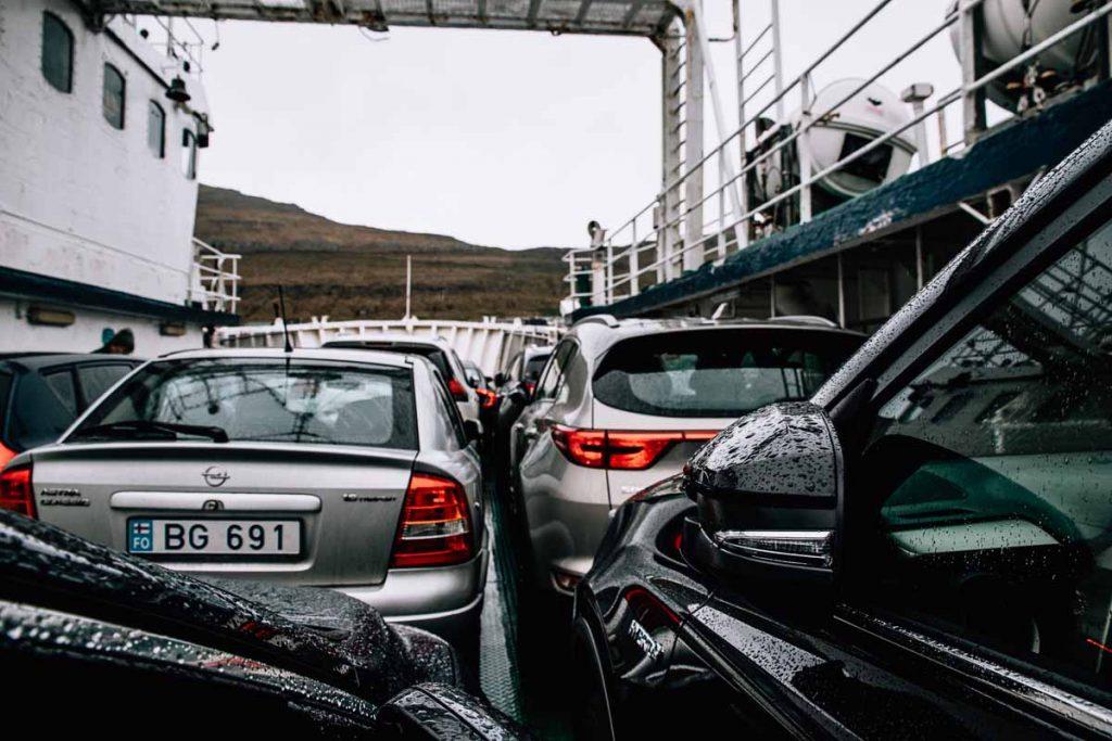 Met de ferry, Faeröer Eilanden