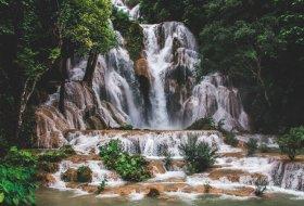 Alles wat je moet weten over de Kuang Si Watervallen in Laos
