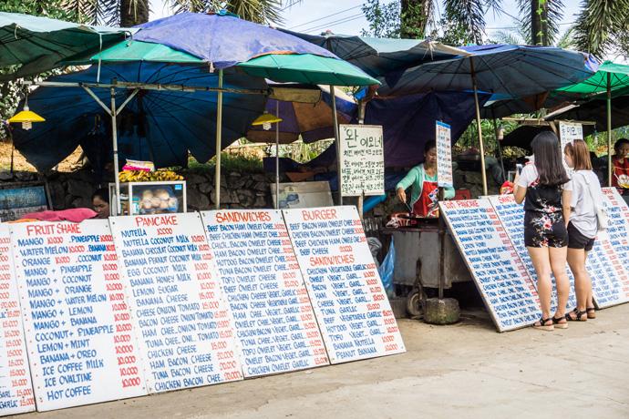 Wat te doen in Vang Vieng? Bezienswaardigheden en tips