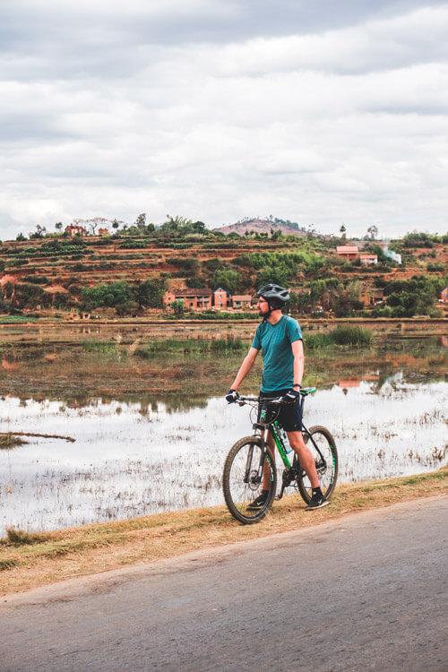 Lac Tritriva en Lac Andraikiba: mountainbiken langs de mooiste meren in Madagascar