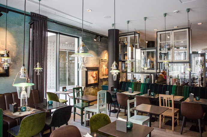 Hotel in Amsterdam: Motel One Amsterdam Waterlooplein