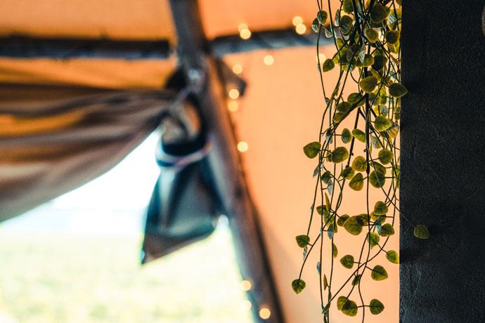 Overnachten in een tipi tent