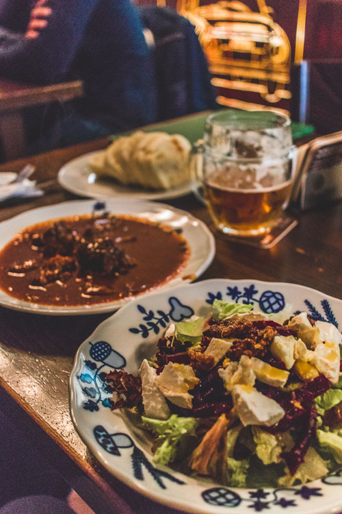 Uit eten in Praag: tips voor leuke eettentjes en hotspots in Praag