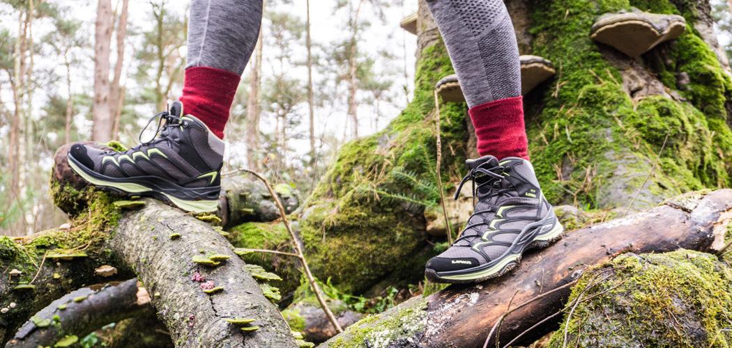 Bergschoenen of sneakers: alles over de juiste