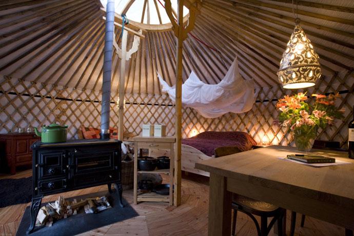 Bijzonder overnachten in een yurt op Texel
